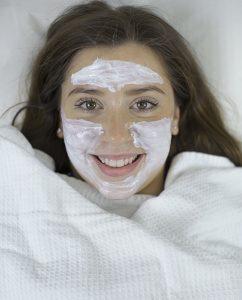 Ästhetische Dermatologie mit Anti-Aging Anwendung